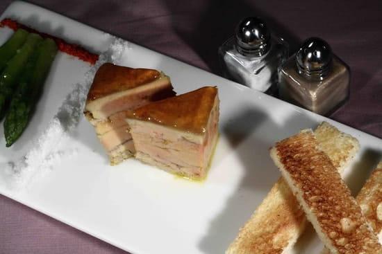 Le Petit Meunier  - Foie gras mi-cuit aux épices douces, gelée de coing -   © Yves Sebilleau