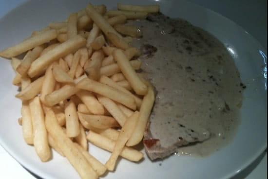 Plat : Chez Didier et Brigitte  - Entrecôte au poivre noir.  -