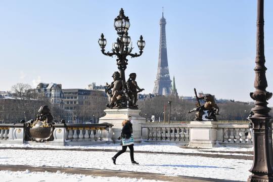 Neige en France: des chutes moins importantes que prévu, le détail des prévisions