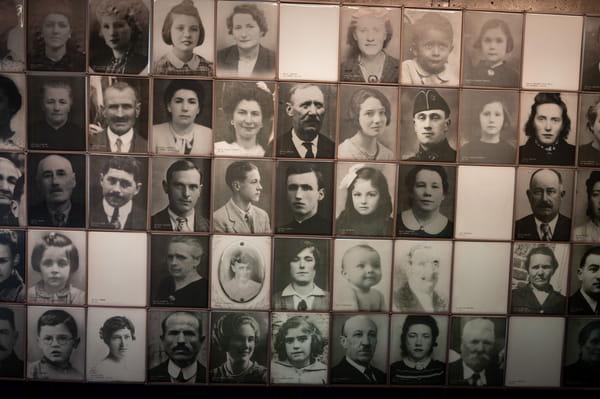 صور ضحايا أورادور سور جلان