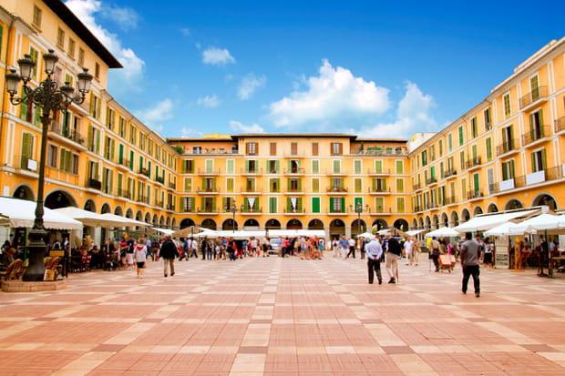 La Plaza Mayor de Palma