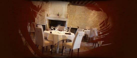 Le Bouzeron  - La Salle du Restaurant -   © L. Briday