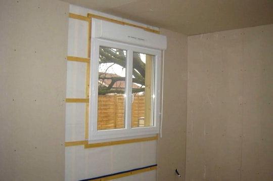 pose des plaques de pl tre sur les murs. Black Bedroom Furniture Sets. Home Design Ideas