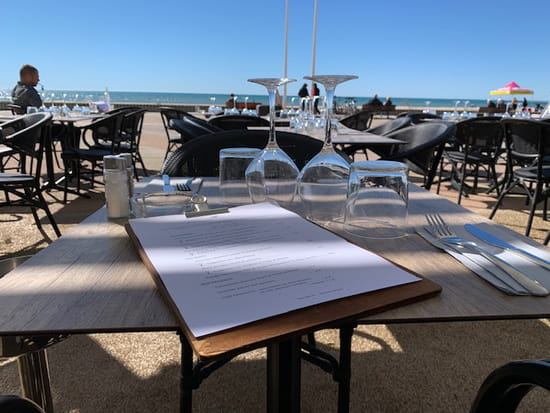 Restaurant : Le Paseo - Cocktail club & restaurant (Ex : LE SUD)  - Vue mer -   © Le Paseo - Restaurant