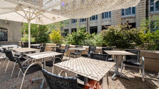 Restaurant : Les Mômes  - La terrasse -   © Les Mômes
