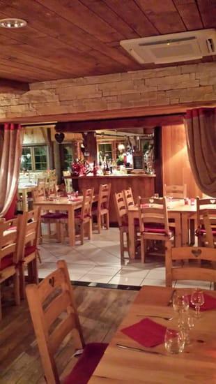 Restaurant : Le Vieux Terroir  - Decoration -   © Intérieur